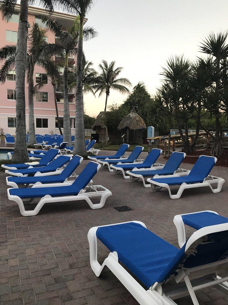 Town of Palm Beach Shores: 100 Edwards Ln, West Palm Beach, FL