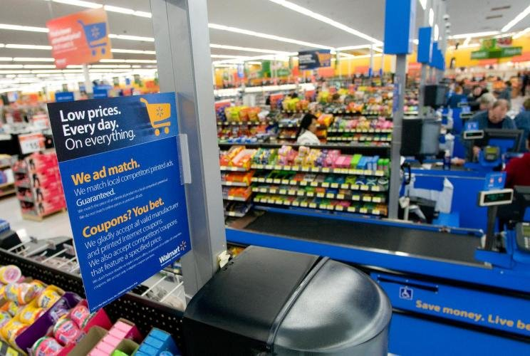 Walmart Supercenter: 861 County Road F, Berlin, WI