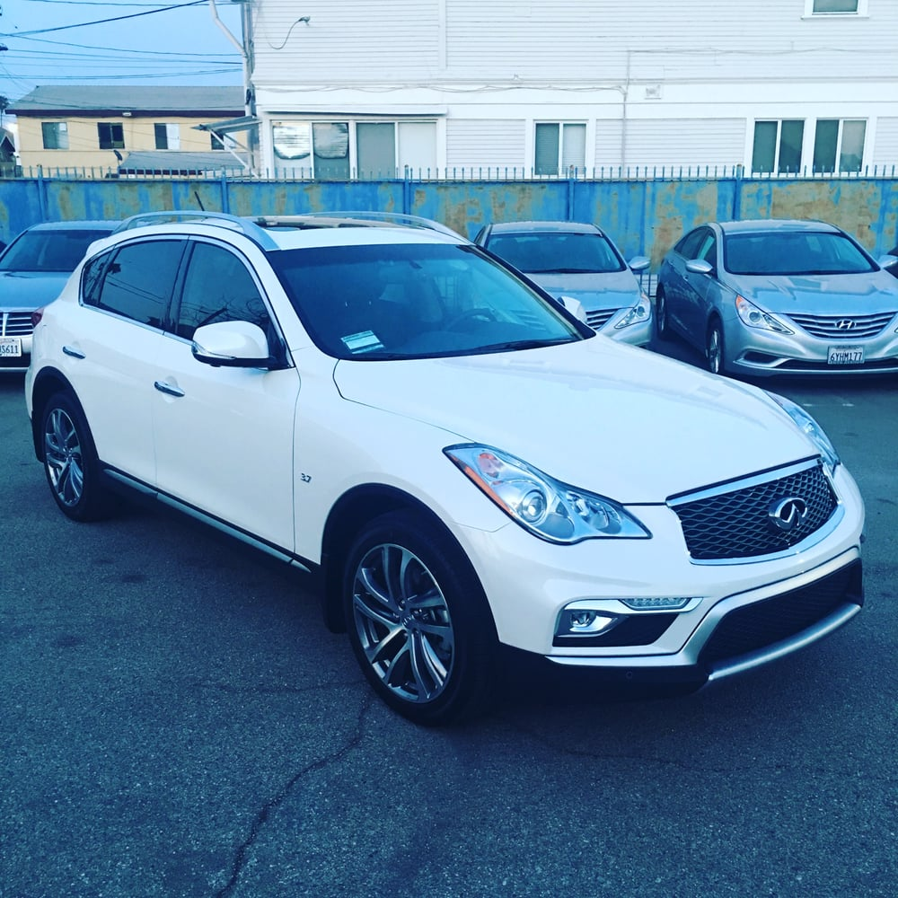 2016 infiniti qx50 magestic white contact us on how you can get the best deal in leasing or. Black Bedroom Furniture Sets. Home Design Ideas