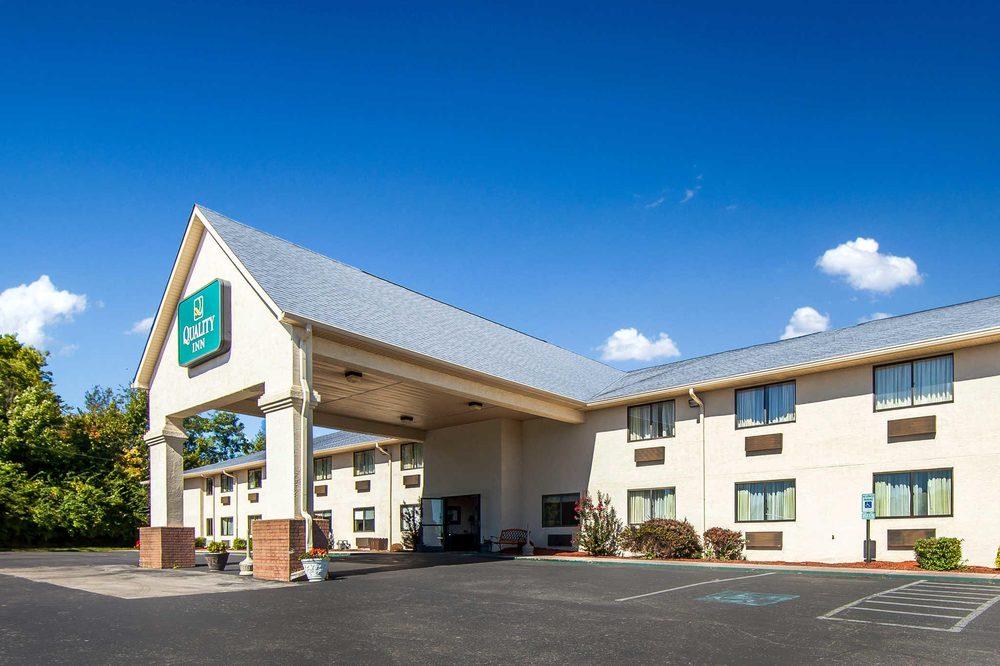 Quality Inn: 96 Daniel Drive, Danville, KY