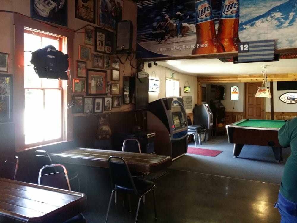Roy Pub And Eatery: 104 McNaught Rd S, Roy, WA