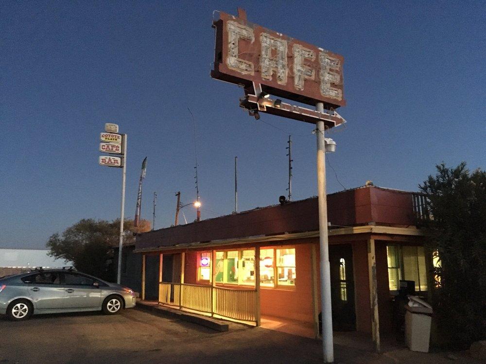 Coyote's Den Cafe: 49621 US 60, Aguila, AZ