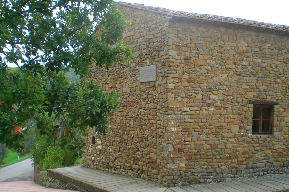 Casa natale di leonardo da vinci musei vinci firenze for Vinci una casa