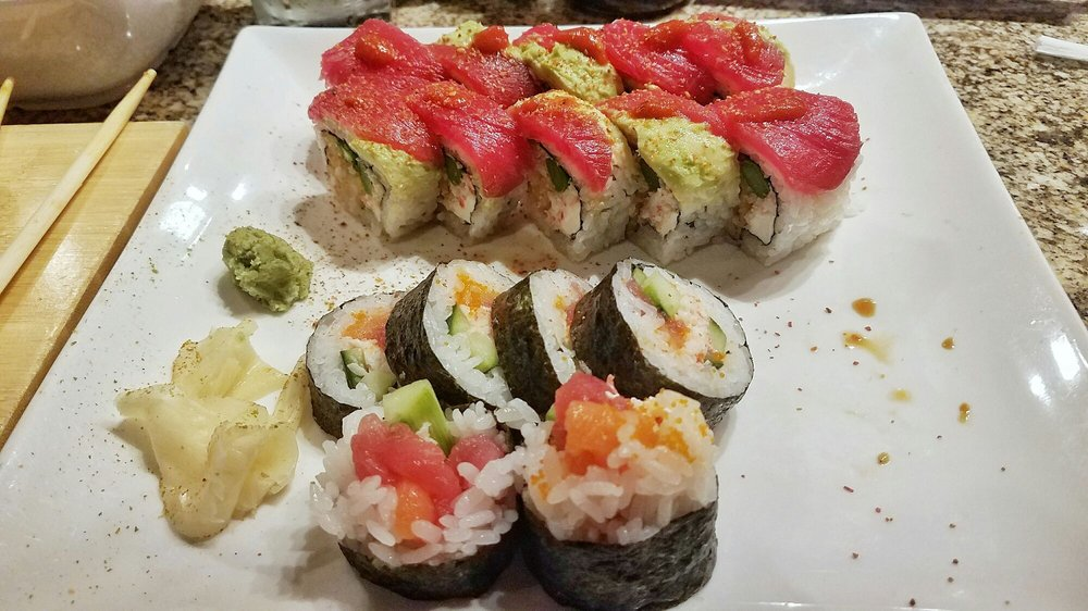 Akira Sushi Bar: 9455 N Owasso Expy, Owasso, OK