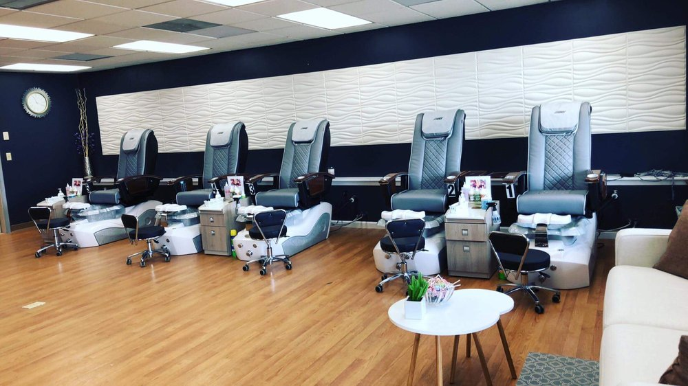 C & T Nails Spa: 1636 S Market St, Elizabethtown, PA