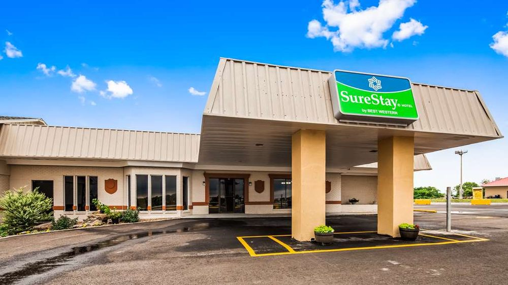 SureStay Hotel by Best Western - Higginsville: 6683 S Highway 13, Higginsville, MO