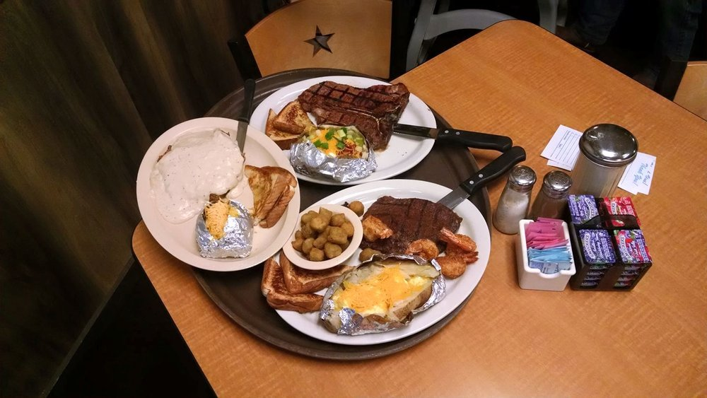 The Rusty Star Cafe: 102 US Hwy 79 E, Henderson, TX