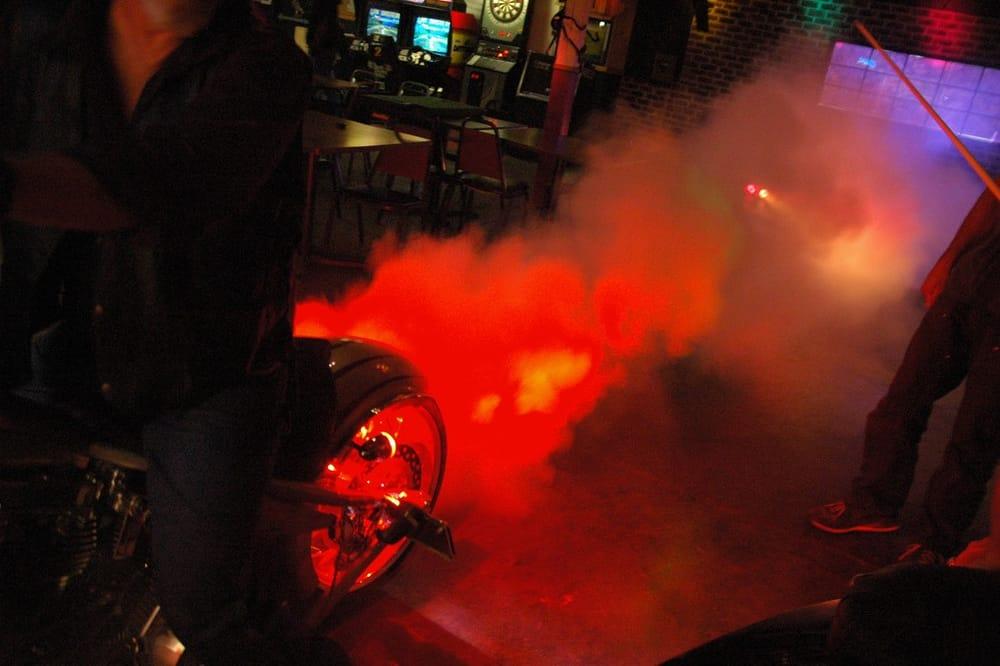 Throttle Down Bar & Grill: 259 Warehouse Rd, Oak Ridge, TN