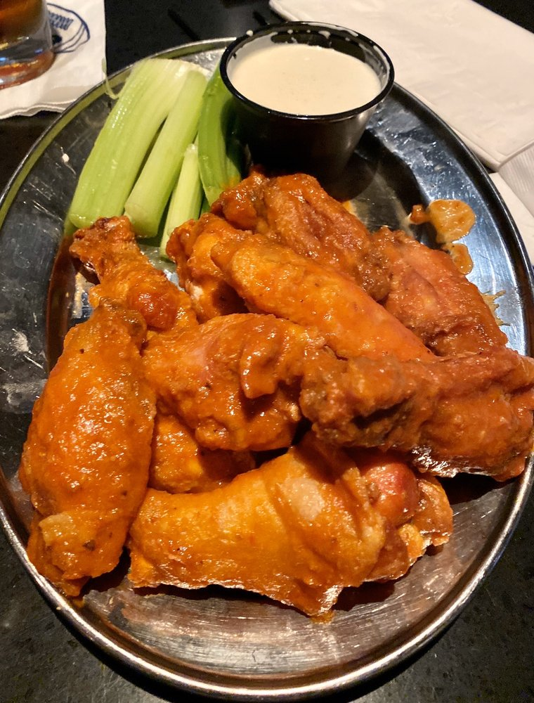 Champs Sports Grill: 205 Charlotte Dr, Altoona, PA