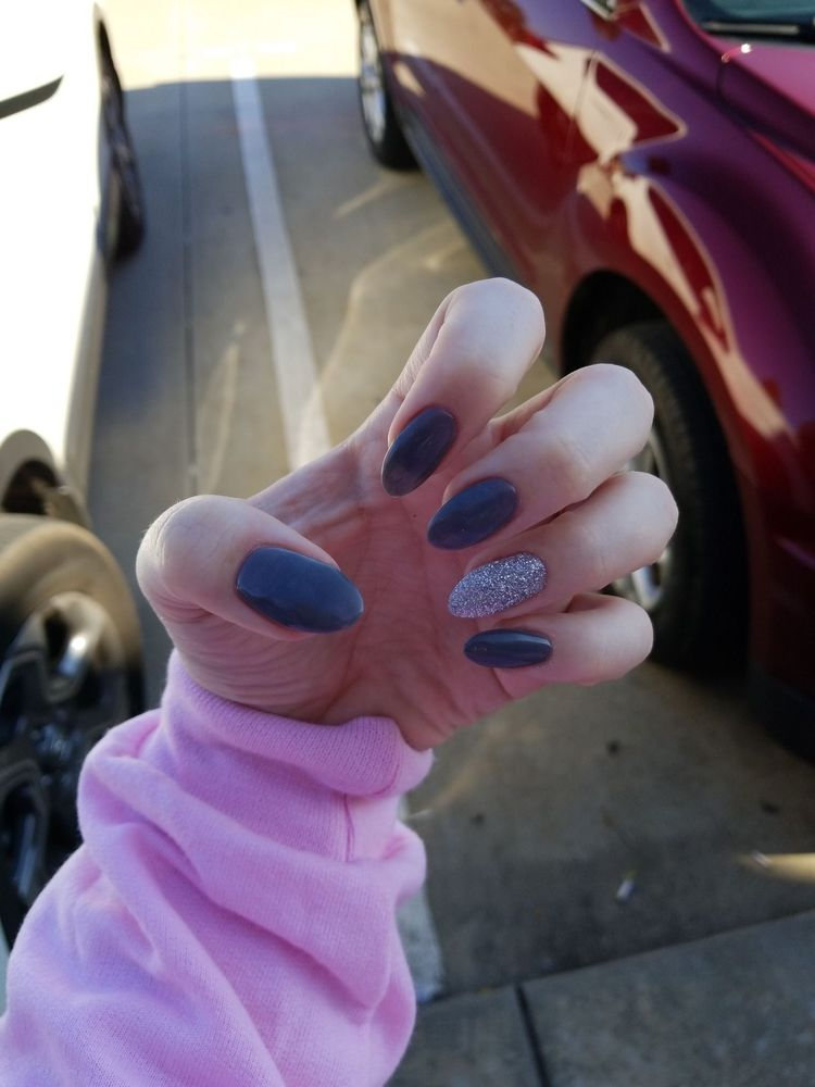 Nails 4 U: 187 Burt Blvd, Benton, LA