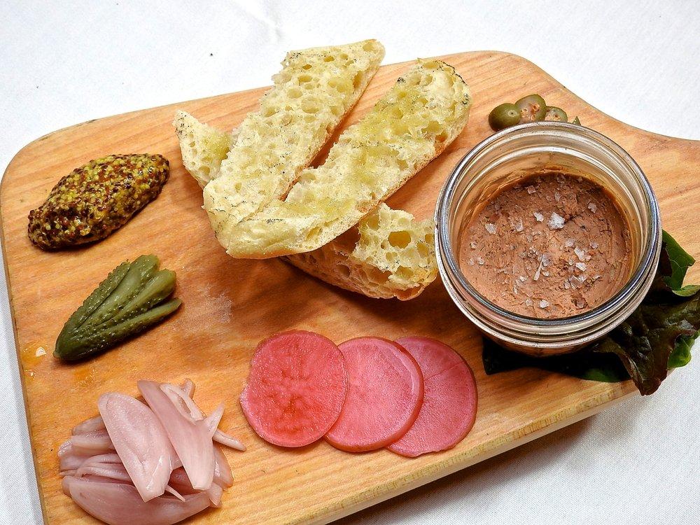 Buck's Restaurant: 6 Cornfield Hill Rd, Brooksville, ME