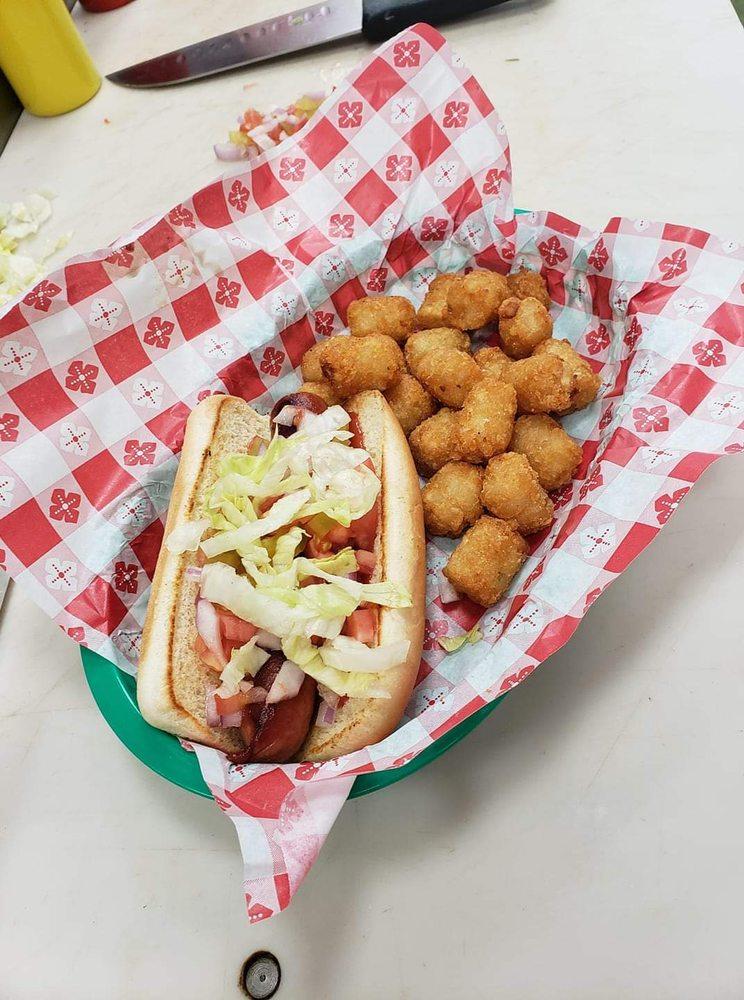 Karen's Hip Hop Diner: 530 W State St, Fox Lake, WI