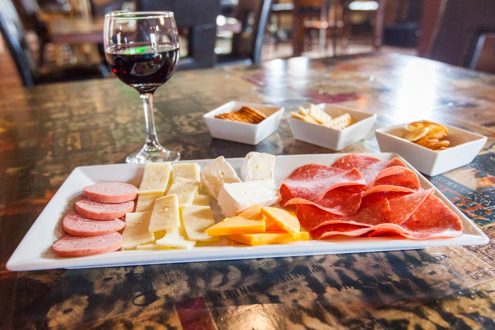 Heartland Tasting Room: 1669 Washington St, Blair, NE