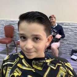 Superb Isaac Scissorhands Barbershop 10 Photos Barbers 2587 Home Interior And Landscaping Ologienasavecom