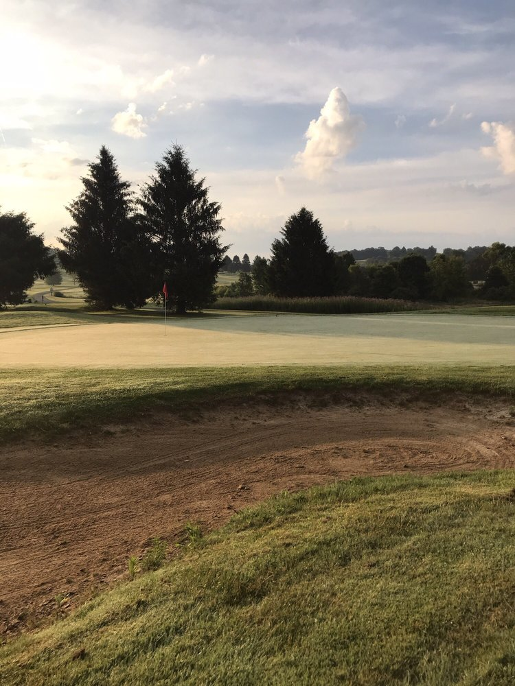 Donegal Highlands Golf Course: 141 Clay Pike Rd, Acme, PA