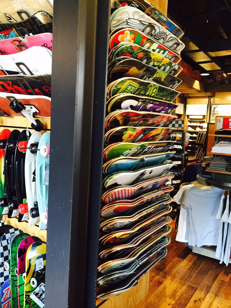 Vans: 670 Collins Ave, Miami Beach, FL