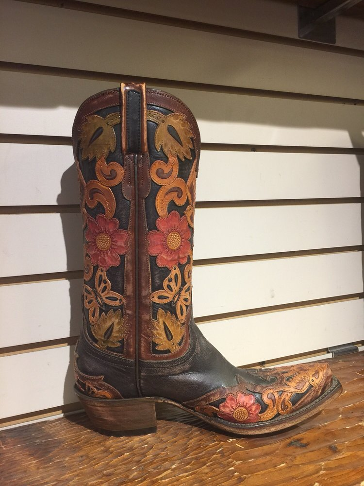 Sean Ryon Western Store Saddles Hats and Tack