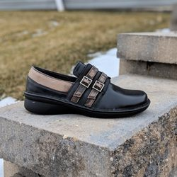 b36a0bec7bf74 Happy Soles Footwear - 24 Photos - Shoe Stores - 1802 Allison Dr ...
