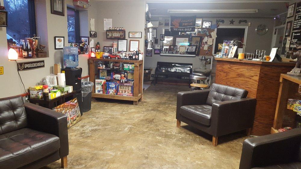DeLeon & Son Automotive & Transmission: 912 N 2nd St, Alvin, TX