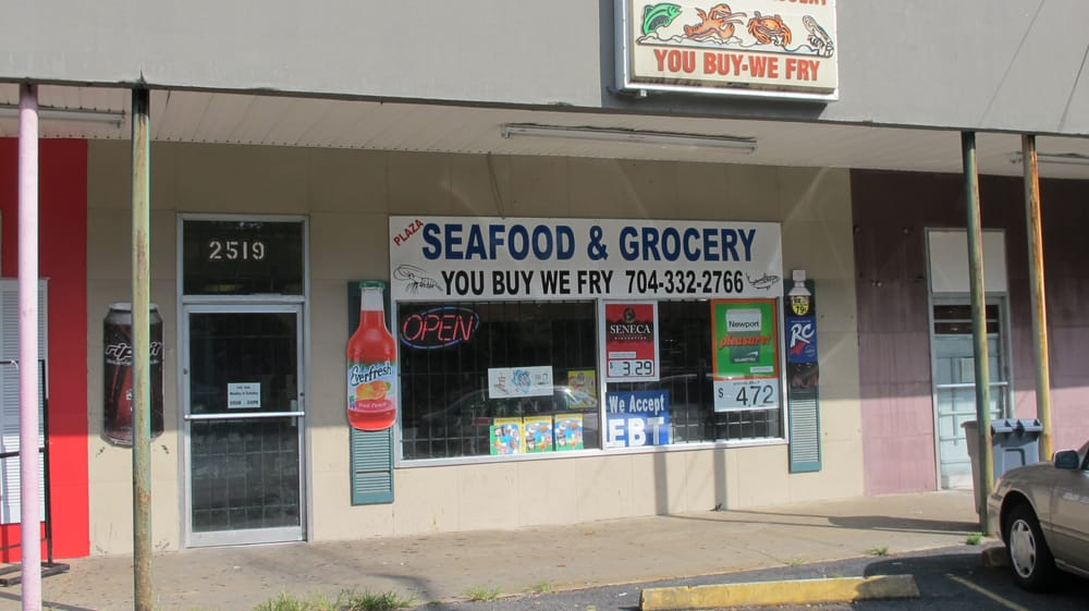 Plaza seafood grocery closed seafood markets 2519 for Fish market charlotte