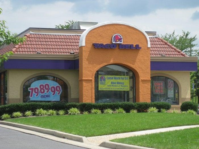 Taco Bell: 982 Edwards Ferry Rd NE, Leesburg, VA