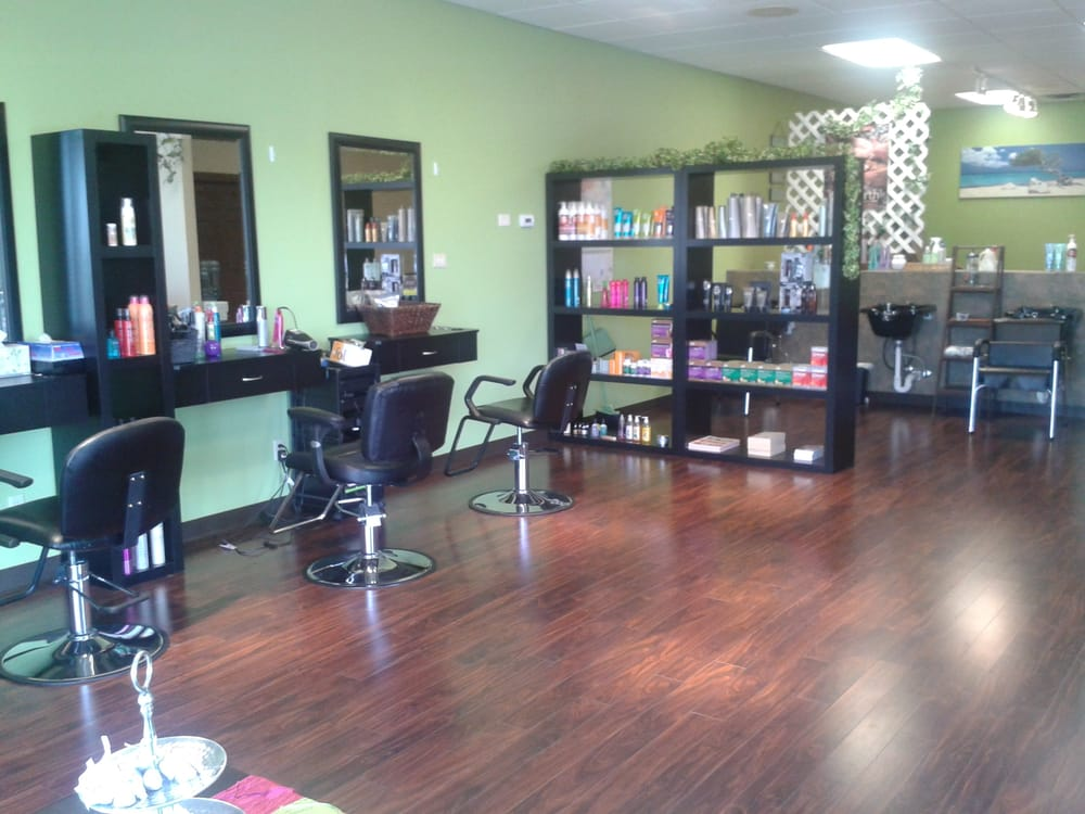 Exotic Escape Spa & Salon: 2406 E 53rd St, Davenport, IA
