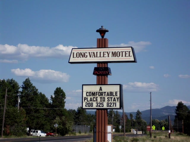 Long Valley Motel: 161 S Main St, Donnelly, ID