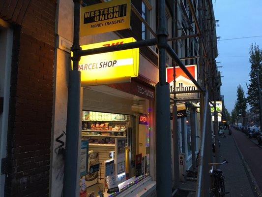 tabakshop en avondwinkel de schans - tobacco shops - marnixstraat 94