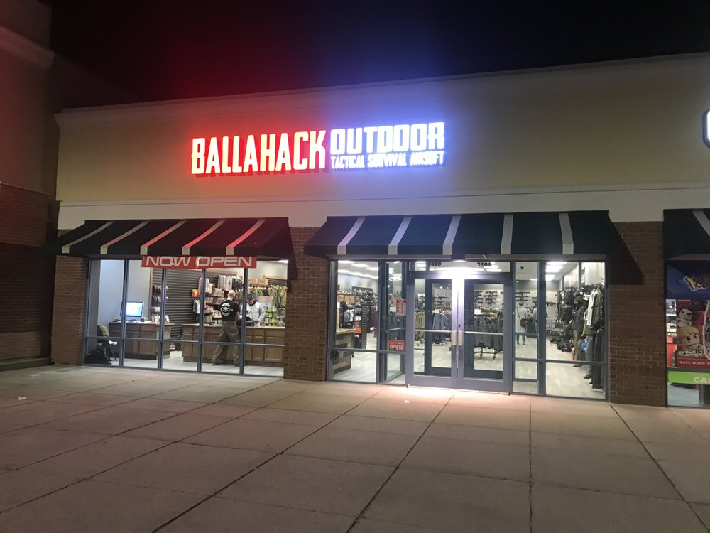 Ballahack Outdoor: 1320 Greenbrier Pkwy, Chesapeake, VA