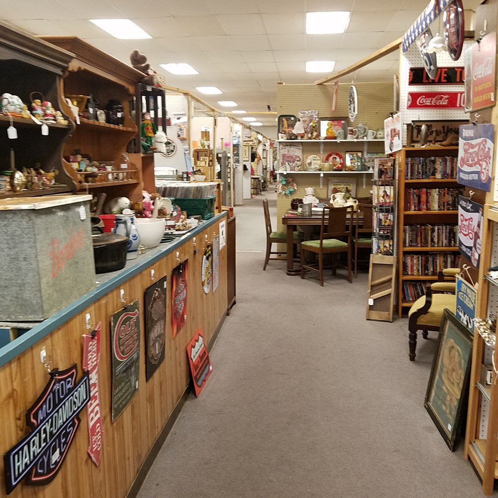 Picker's Paradise Greensburg: 129 N Broadway, Greensburg, IN