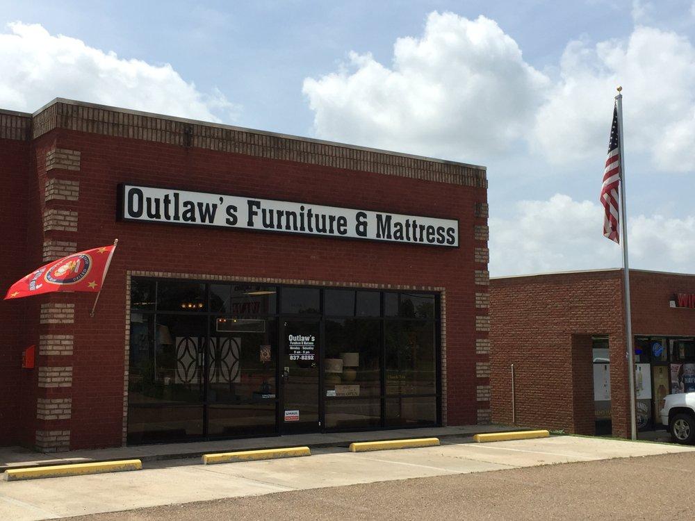 Outlaw's Furniture & Mattress: 14336 Hwy 51 S, Atoka, TN