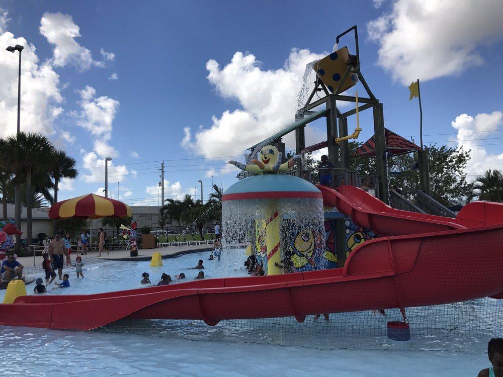 Grapeland Water Park: 1550 NW 37th Ave, Miami, FL