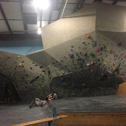 Austin Rock Gym - 45 Reviews - Gyms - 8300 N Lamar Blvd, Austin ...