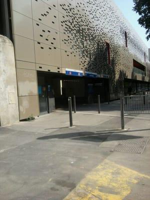 parking vinci conception parking place jean jaur s la conception marseille france. Black Bedroom Furniture Sets. Home Design Ideas