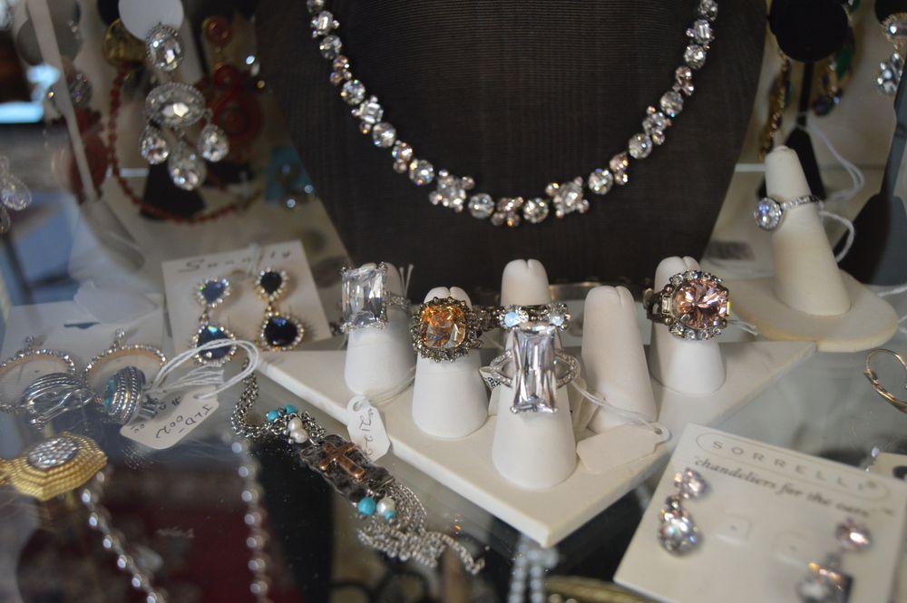 Five Rivers Market: 950 Chestnut St, Orangeburg, SC