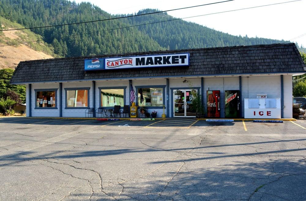 Canyon Market: 100 N Main St, Klickitat, WA