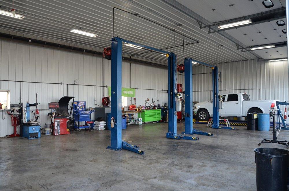 Gentry Motor Company: 1719 E Jackson St, Macomb, IL