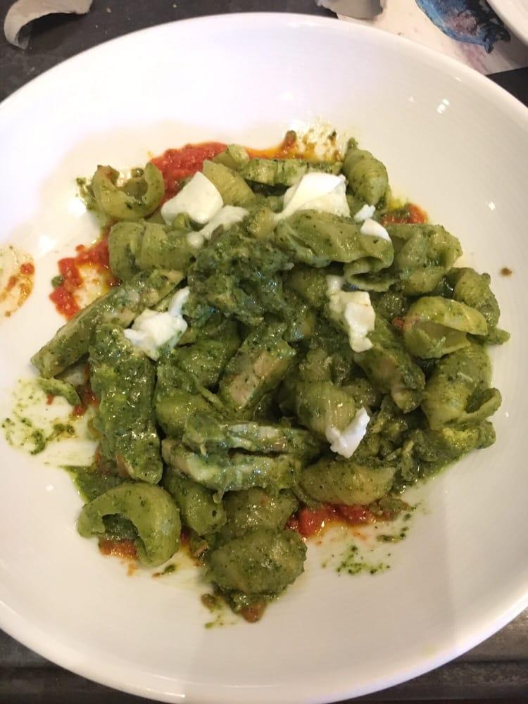 Gnocchi with pesto sauce yelp for Vivo italian kitchen