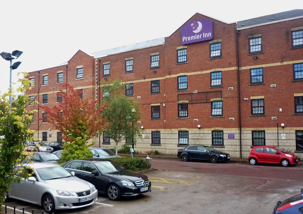 Premier Inn Manchester Salford Quays