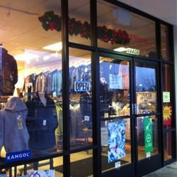 Clothing stores in stockton ca