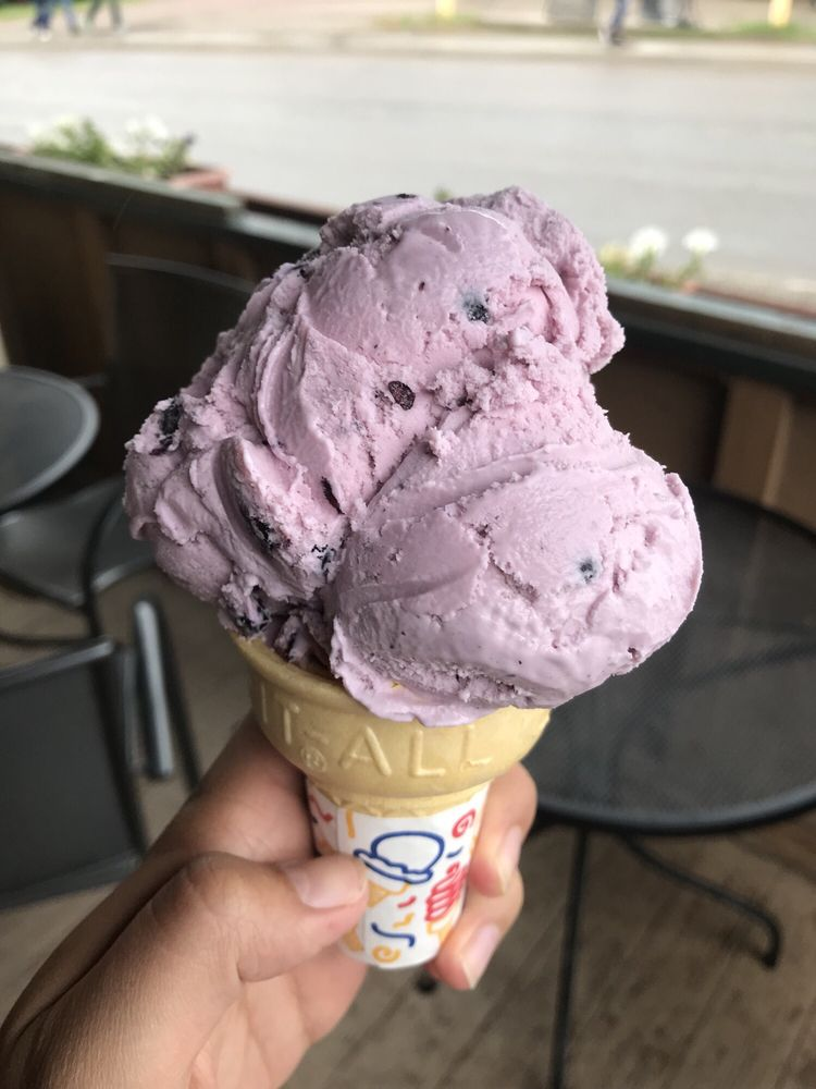 New Ice Is By Far Best >> By Far The Best Huckleberry Ice Cream I Ve Tried They Are Also