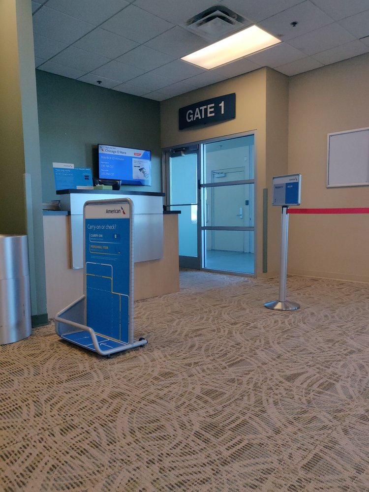 Waterloo Regional Airport: 2790 Livingston Ln, Waterloo, IA