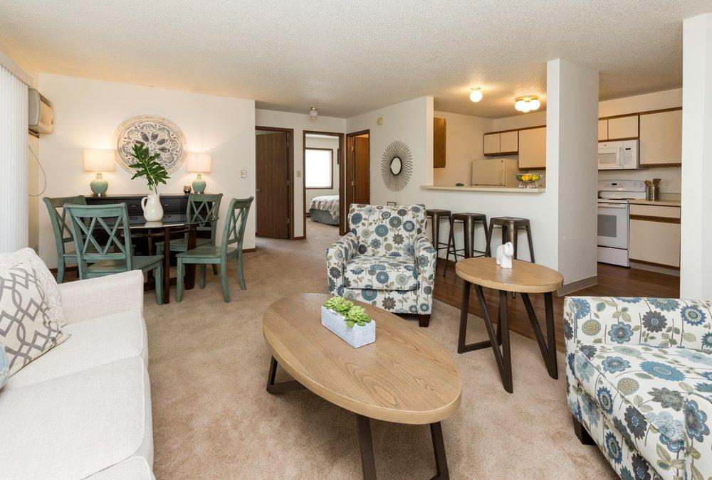 Rosemont Place Apartments: 2202 E Rose Ave, Des Moines, IA