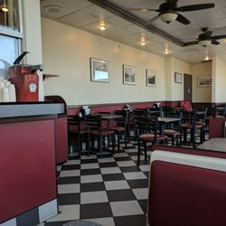 Photo Of Brea S Best Burgers Ca United States Dining Area