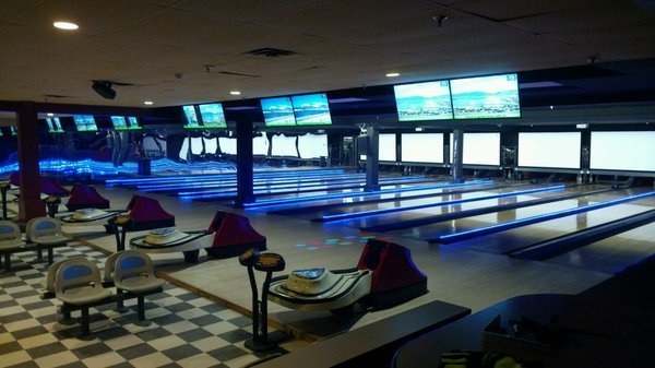 Lakeside Bowl - Temp  CLOSED - 23 Photos & 33 Reviews