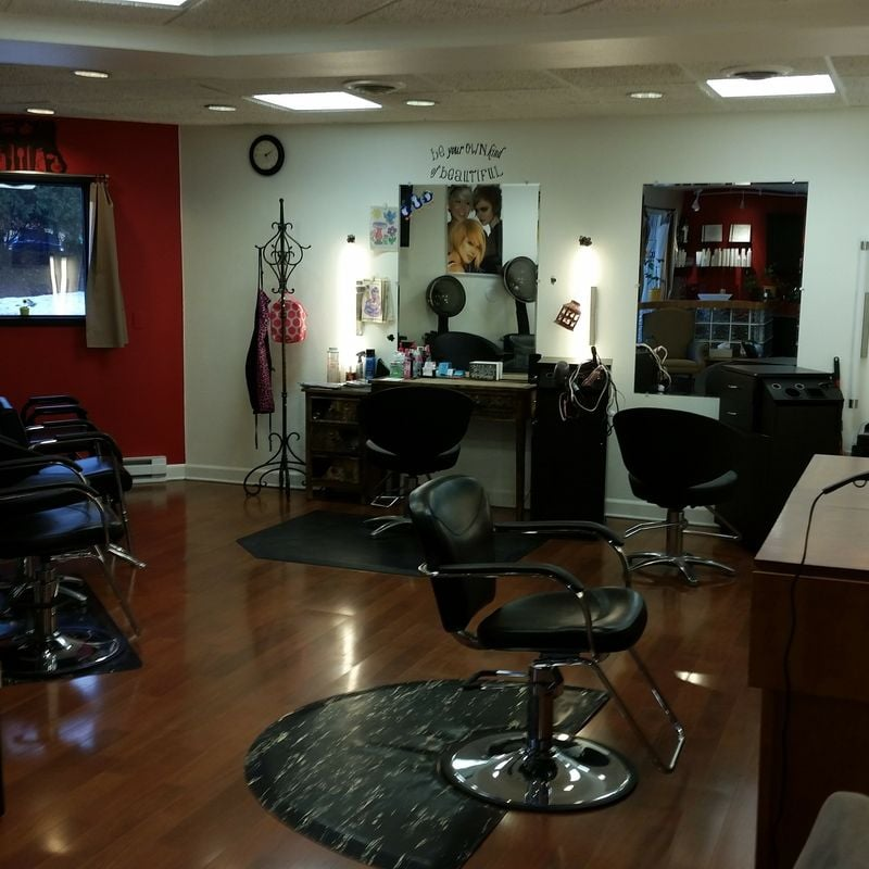 Mirror mirror hair studio 12 photos hair salons 449 for 007 salon madison wi