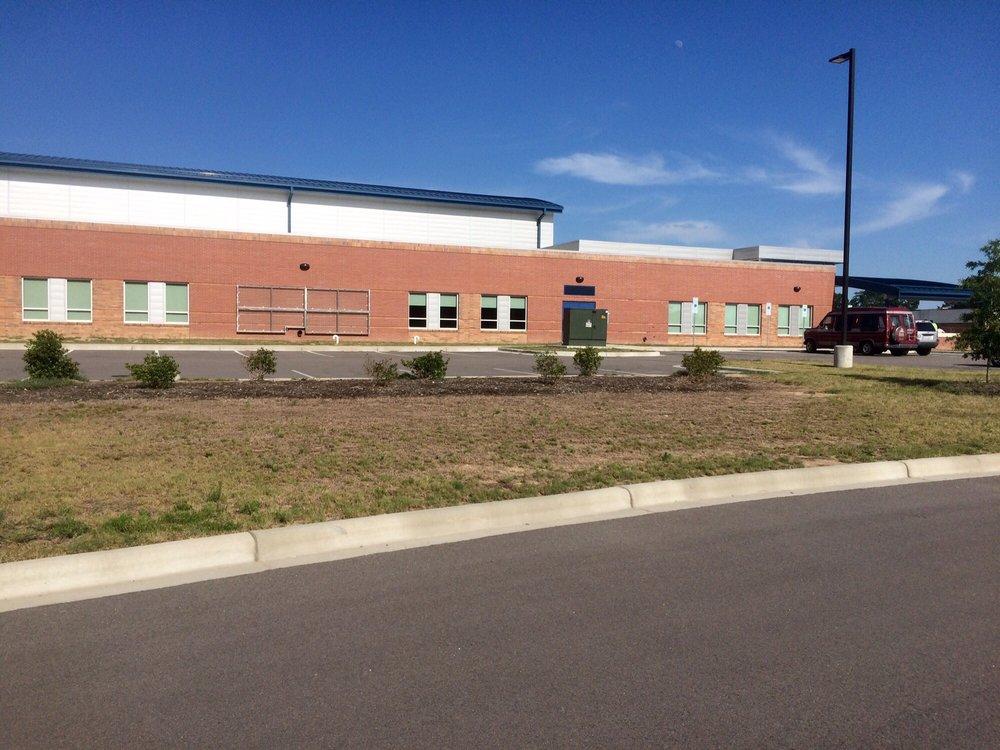 Wa Foster Recreation Center: 516 S Leslie St, Goldsboro, NC