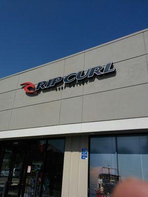 95bd7af79335 Rip Curl Outlet 1408 Village Way Ste H Santa Ana, CA Women's Apparel ...