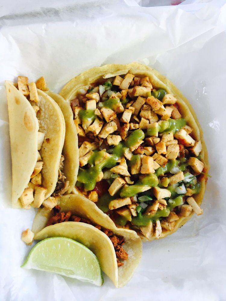 Chavos Street Tacos: 3100 La Plata, Farmington, NM