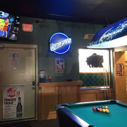 Vista Pub Reviews Pubs Vista Dr West Des Moines IA - Pool table movers des moines
